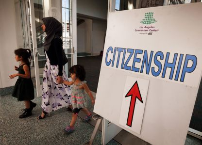 A sign at a naturalisation ceremony for immigrants in Los Angeles.