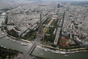 Aerial view of Paris with the Eiffel tower, the Trocadero and the Montparnasse Tower.