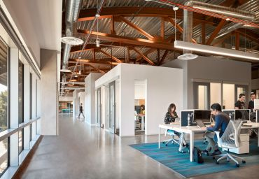 One of the coworking areas at Serendipity Labs Hollywood.