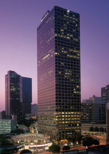 Ernst & Young Plaza at 725 South Figueroa Street in Los Angeles.