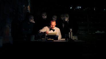 Matthew Oaks performs in 'Sleep No More.'