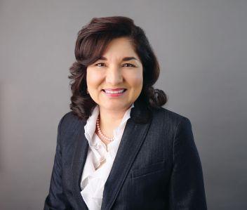Maria Salinas.