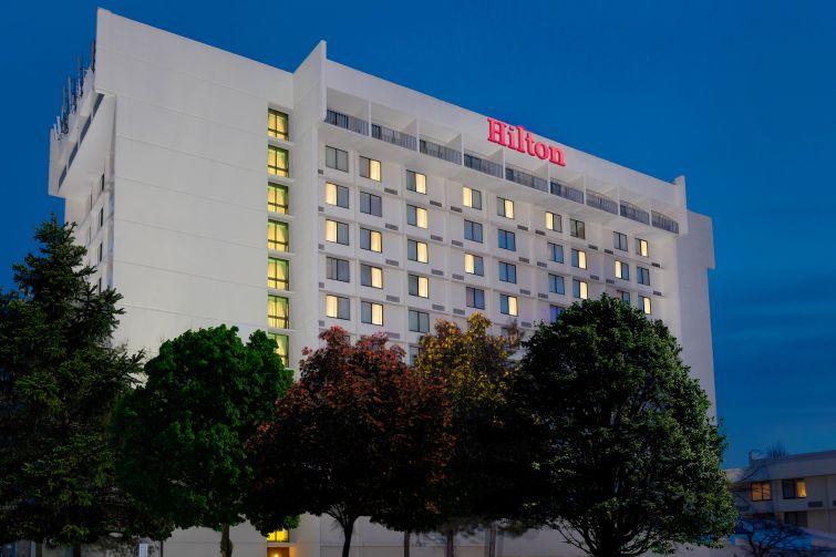 Exterior of Hilton Washington North Gaithersburg