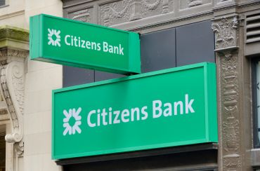 The facade of a Citizens Bank location in Boston.