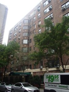 160 East 89th Street.