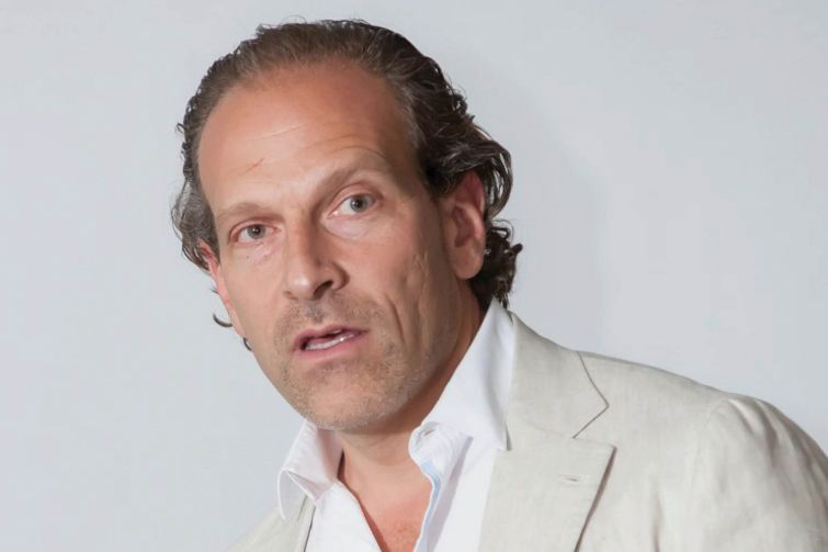 Arturo Sneider.