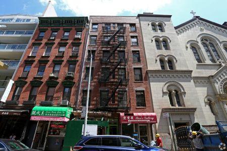 119 Baxter Street.