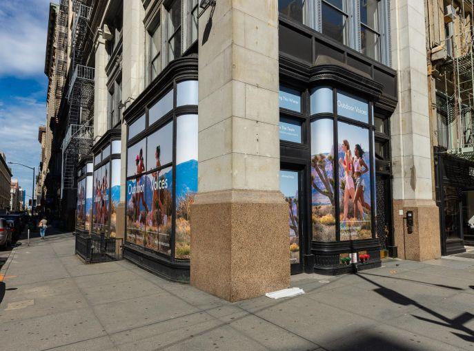 142 Fifth Avenue.