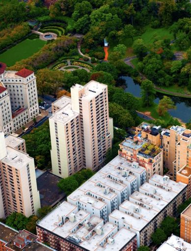 Aerial view of Lakeview Apartments at 1250 Fifth Avenue.