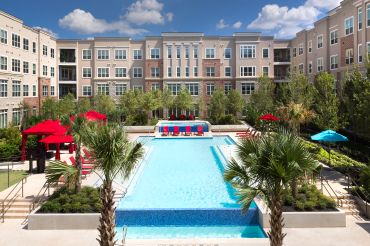 District at Washington, Houston, Texas - Owned by the Nuveen Real Estate U.S. Cities Multifamily Fund