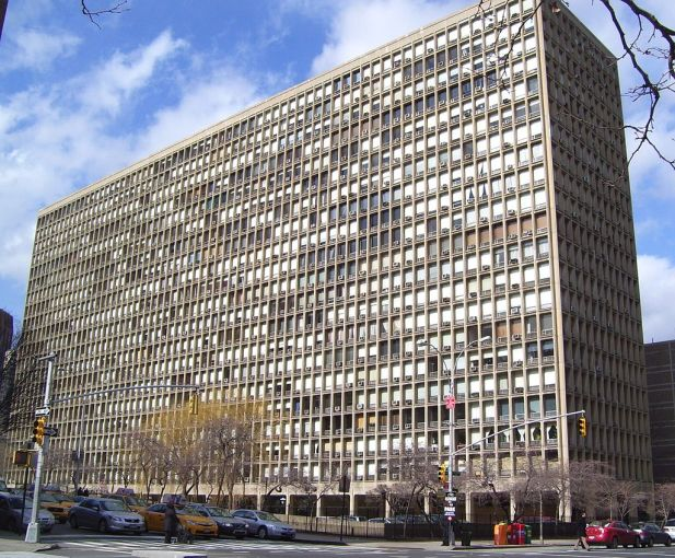 One of Pei's earliest works in New York City was Kips Bay Plaza, finished in 1965 for developer William Zeckendorf.