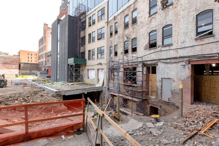 Behind the Malt House will be a landscaped courtyard, one of many landscaped green spaces that will help connect the former industrial buildings in the Manhattanville Factory District.