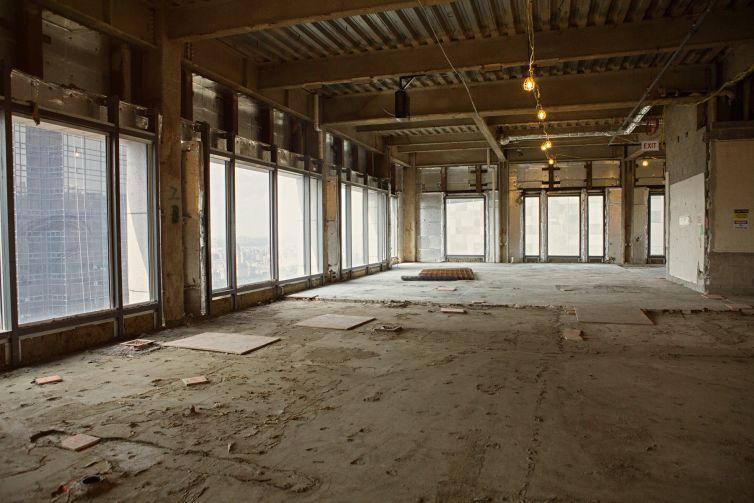 An under-construction office floor at 550 Madison.