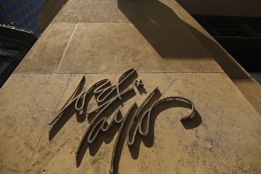 Lord & Taylor will be sold to Le Tote for $100 million.
