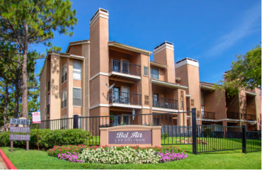 Bel Air Las Colinas apartments in Irving, Texas.