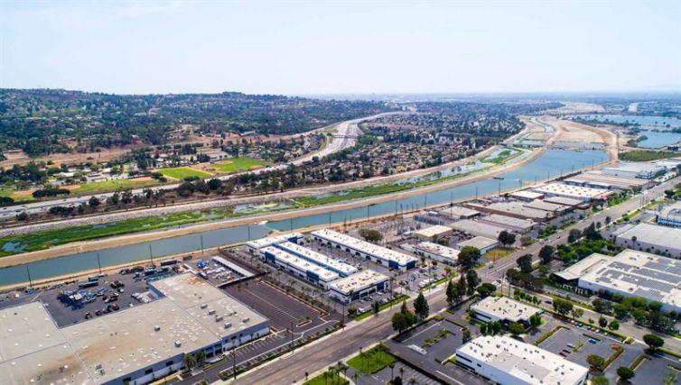 Anaheim Hills Business Center at 5100-5150 East La Palma Avenue.