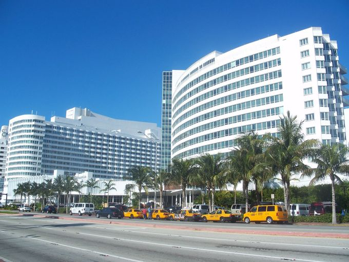 Fontainebleau Miami Beach.