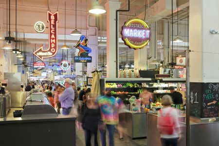 Developers may want the next Grand Central Market in Los Angeles, but the food hall trend is showing signs of waning across the country.