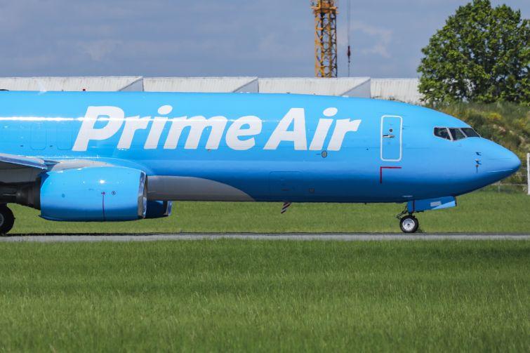 An Amazon Air 737.