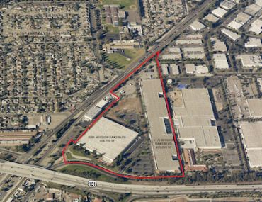 The two properties on Mission Oaks Boulevard span 733,820 square feet.
