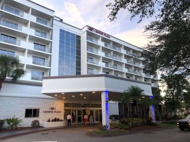 Crowne Plaza Orlando-Lake Buena Vista.