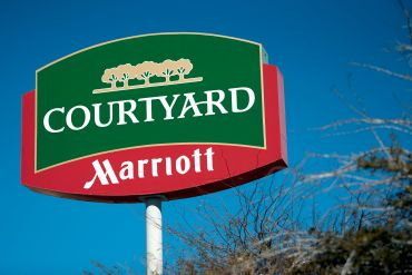 A Courtyard by Marriott sign.