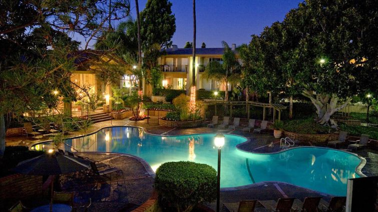 The 508-unit multifamily complex is located at 2400 Harbor Boulevard in Costa Mesa.