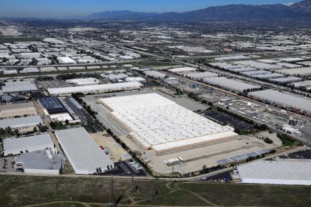 CenterPoint Properties is looking for tenants to fill a vacant distribution facility in the Inland Empire.