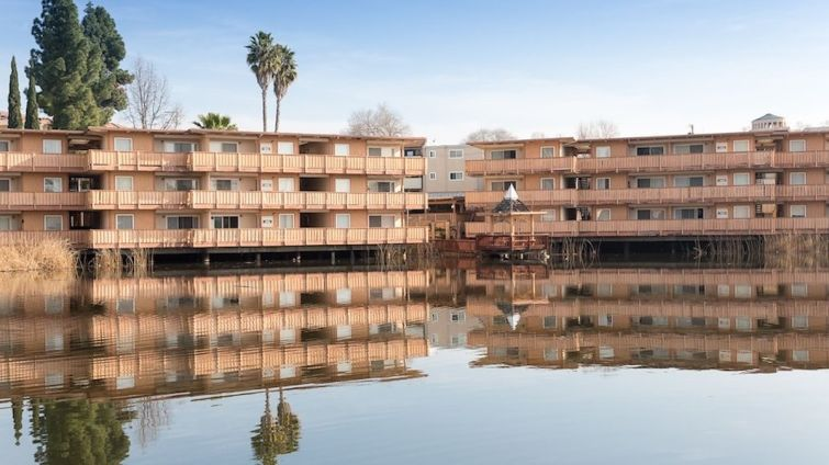 A prominent Bay Area family trust purchased a 102-unit garden-style property in the city of Concord in the San Francisco Bay Area.