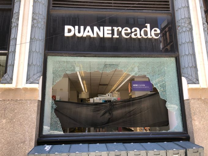 Duane Reade looted