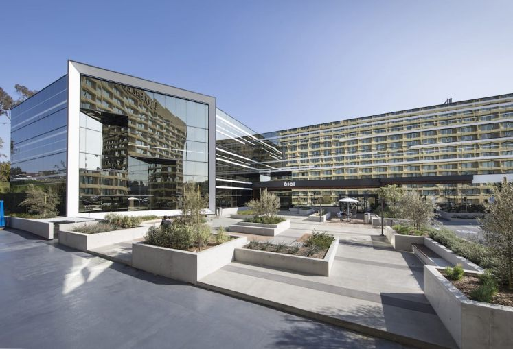 The building at 6101 West Centinela Avenue in Culver City's Fox Hills neighborhood spans 111,473 square feet.