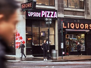 Upside Pizza, Times Square.