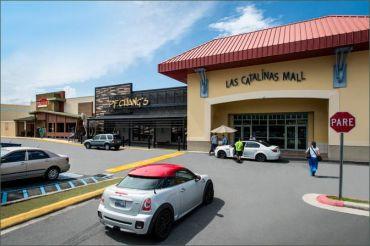Las Catalinas Mall.