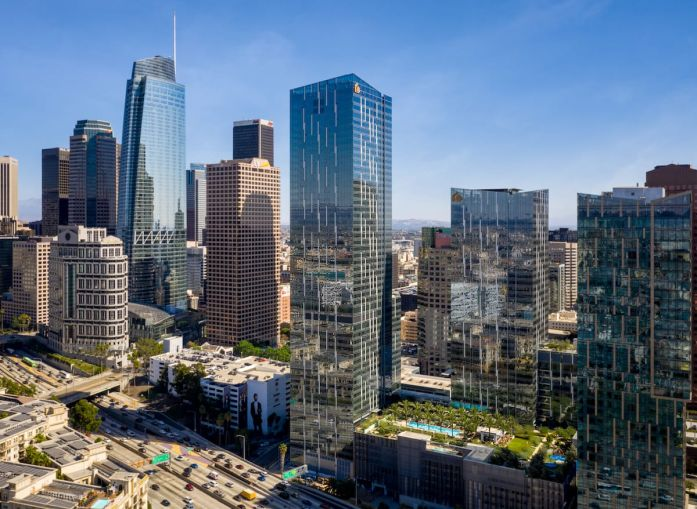 Apollo Funds originated a $250 million first mortgage on THEA at Metropolis, a newly-completed residential building in Downtown Los Angeles consisting of 685 luxury rental apartments and 28,287 square feet of commercial space.