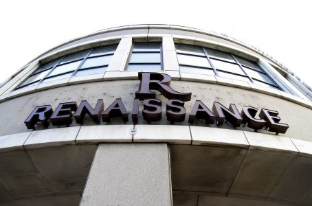 Front signage at the Renaissance Chicago Downtown Hotel.