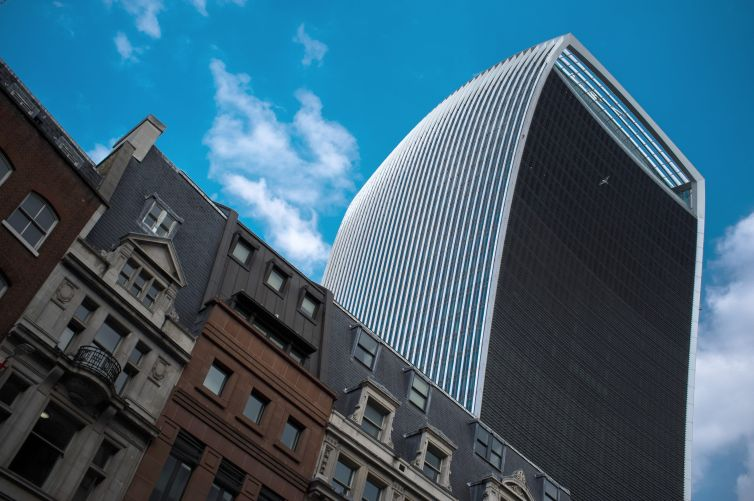 The so-called Walkie Talkie Tower at 20 Fenchurch Street in London was derided early on for the scorching glares that its glass produced.