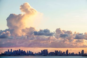 Downtown Miami's skyline. Photo: Jeff Greenberg/Education Images/Universal Images Group via Getty Images)
