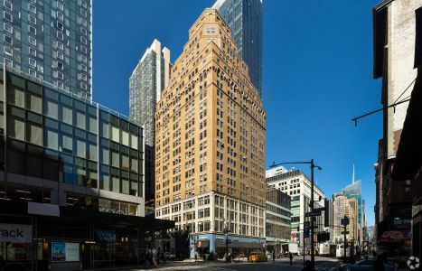875 Avenue of the Americas