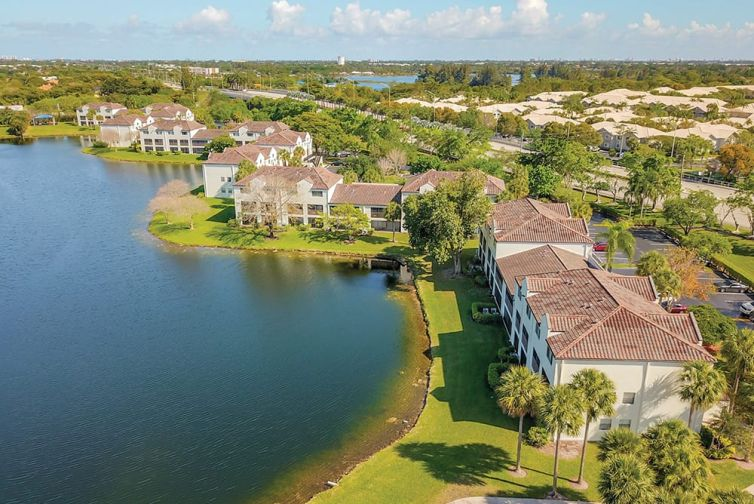 The 192-unit Waterview at Coconut Creek Apartments is located at 3621 Hillsboro Boulevard.