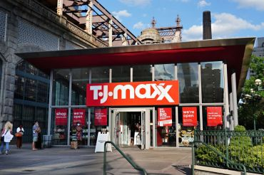 Discount retailers like T.J. Maxx, Burlington, Ross and Marshalls are seeing more customers now than they did in the summer of 2019.