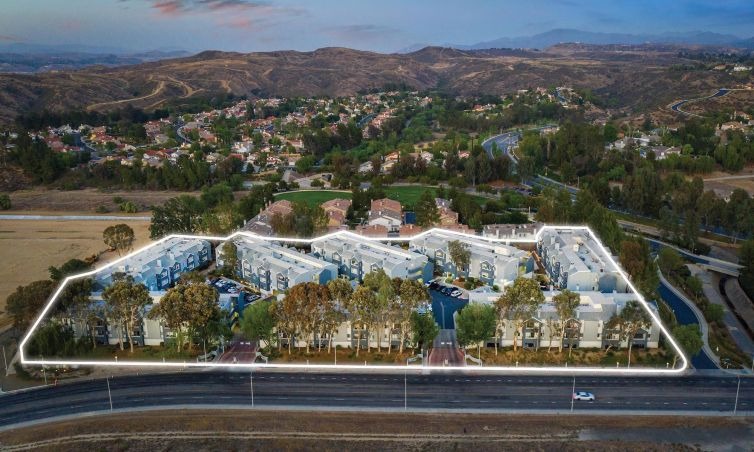 The property was completed in 1988 at 22900 Oak Ridge Drive, one street from Santa Clarita's Valencia neighborhood.