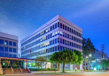 The building at 2701 West Alameda is 90.4 percent leased to a mix of 22 medical tenants.